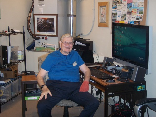 K5ASP trustee, Eugene (Gene) Chenette, N5YJ, invited and hosted the Quarter Century Wireless Association – Chapter 41 on their visit to The Aspens Amateur Radio Club in Allen, Texas.